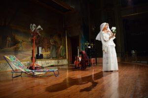 Actuación Confesiones de una Vedette 2